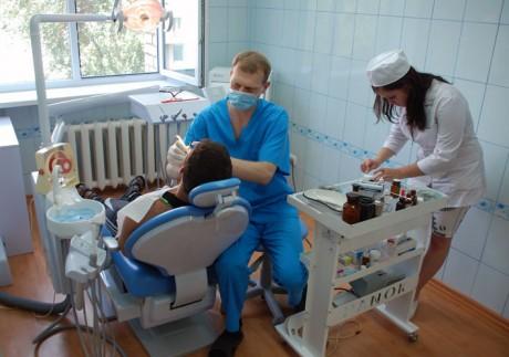 Посоветуйтесь с вашим стоматологом о том, как часто вы должны его посещать
