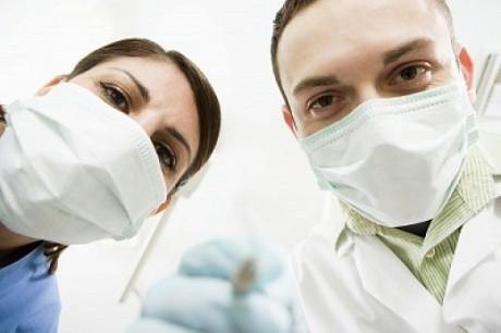 Практикующий без лицензии доктор вызвал эпидемию гепатита