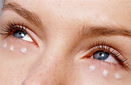 Шесть шагов по уходу за кожей вокруг глаз