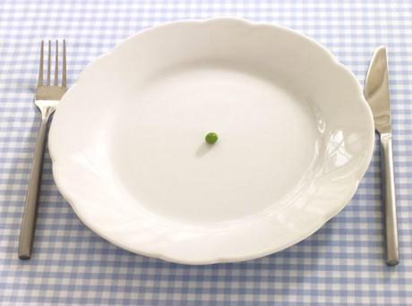Не увлекаясь режимами, или увлекаясь диетами.