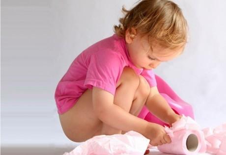 Как правильно ставить клизму малышу