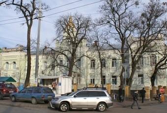Киевский ВИЧ-центр отдадут Московскому патриархату