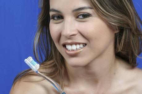 Домашнее отбеливание зубов: советы стоматолога