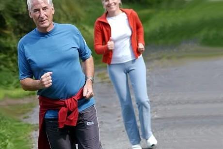 Пробежки для пожилых: можно замедлить старение