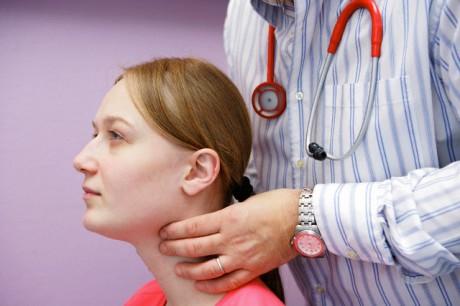 Метод комплексного лечения хронического тиреоидита