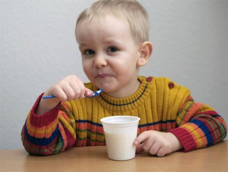 Какие кисломолочные продукты лучше для ребенка