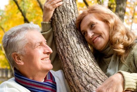 Достойная жизнь для пожилых: международные тенденции