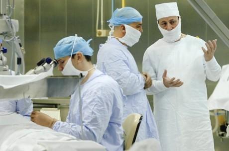 Московских врачей заставят стажироваться в Швейцарии
