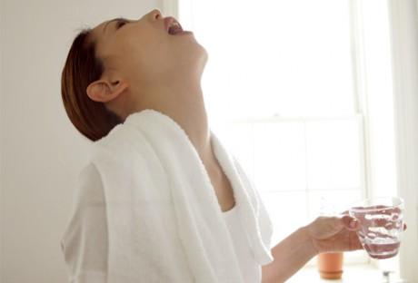 Как убрать слизь из горла
