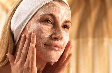 Как увлажнять кожу