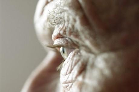 Эксперты: долгожительство грозит миру коллапсом