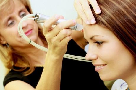 """Мини-процедуры в косметологии: """"красота в обеденный перерыв"""""""