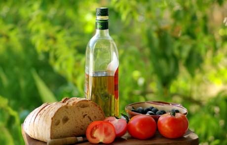 Средиземноморская диета может оздоровить психику