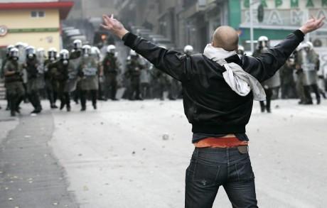 Финансовый кризис в Греции привел к массовым психрасстройствам