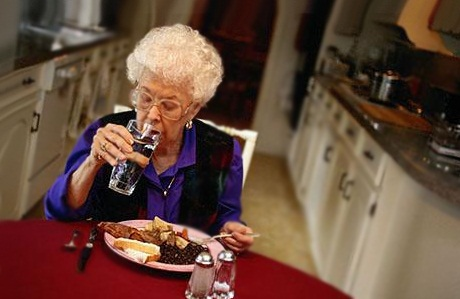 Как выбрать правильное питание в пожилом возрасте