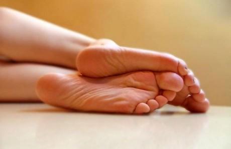 Грибковые заболевания ног: симптомы и лечение