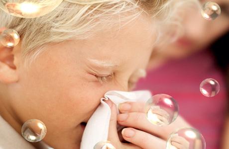 Нарушается целостность сосудов в слизистой полости носа