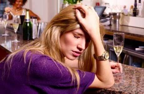 Кого назвать алкоголиком?