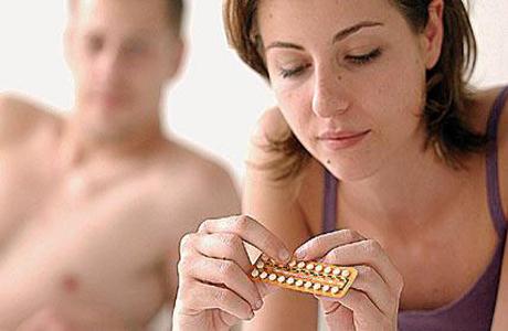 Как связаны оральные контрацептивы и кровотечения?