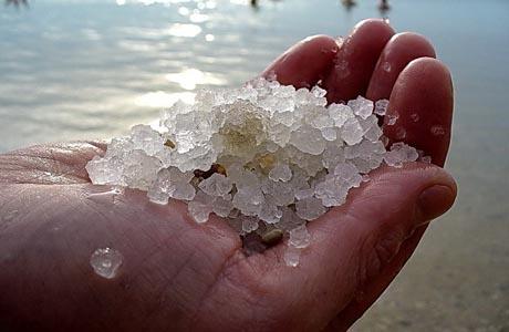 Какими лечебными свойствами обладает Мертвое море
