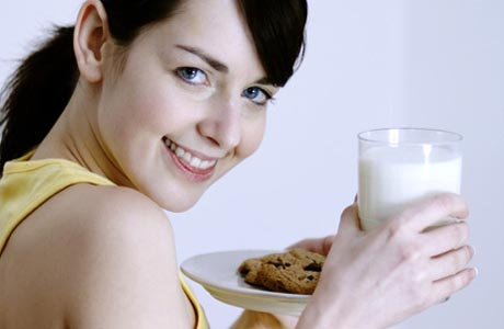 Как правильно пить молоко и молочные продукты