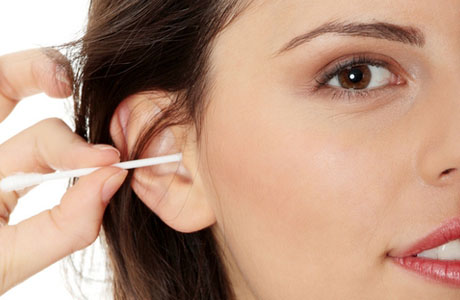 Как чистить уши правильно