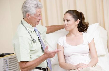 Опухоль щитовидки способна вырастать до больших размеров
