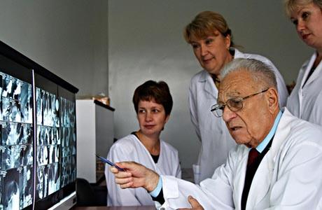 При печеночной энцефалопатии наблюдают ситуацию потенциально обратимого нарушения функций головного мозга