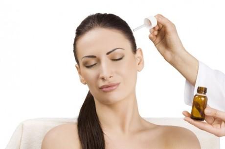 На самом деле выпадение волос считается процессом нормальным, когда он поддается контролю