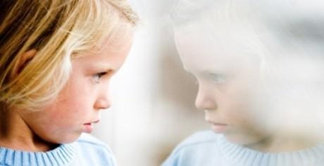 Как научить аутичного ребенка решать проблемы